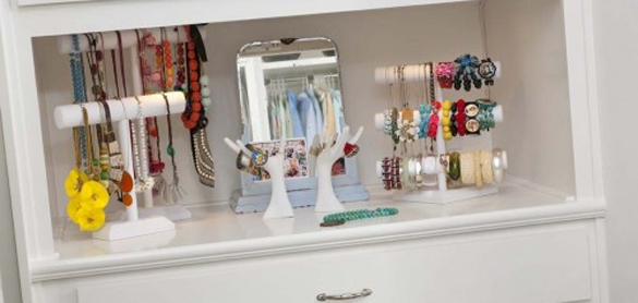 jewelry-storage-and-display
