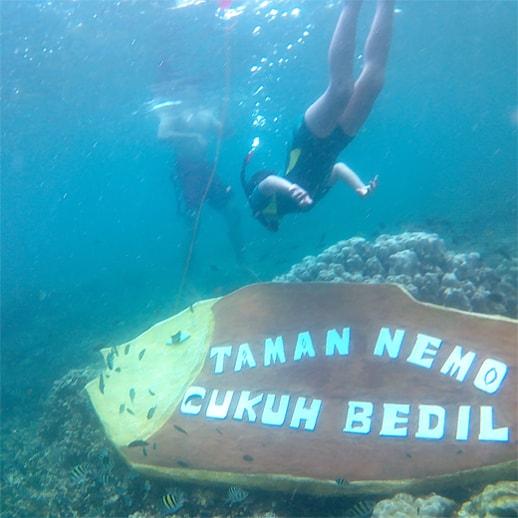 blog sittakarina - Serunya Ajak Anak Snorkeling di Pulau Pahawang (3)