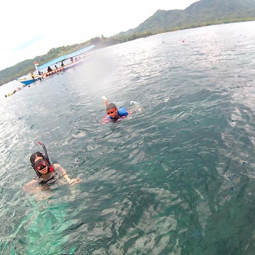 blog sittakarina - Serunya Ajak Anak Snorkeling di Pulau Pahawang (5)