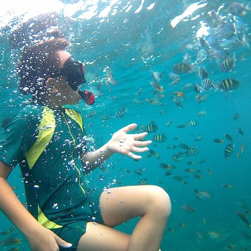 blog sittakarina - Serunya Ajak Anak Snorkeling di Pulau Pahawang (9)