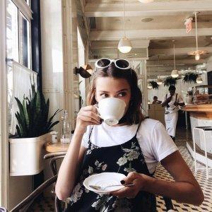 Blog Sitta Karina - Cara Menjadi Diri Sendiri dan Berprestasi