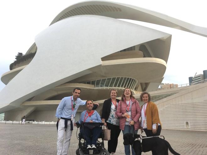 El grupo del fam trip en la Ciudad de las Artes y las Ciencias