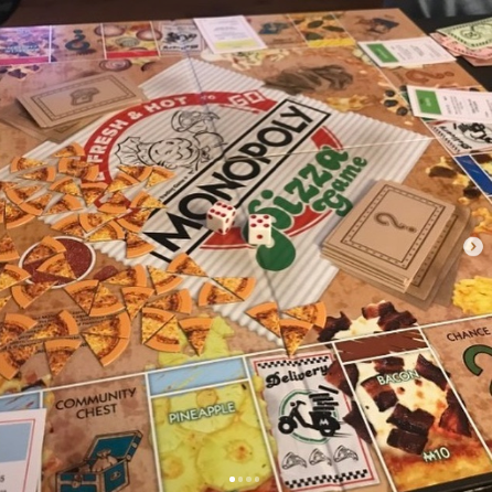 Monopoly pizza edition game board