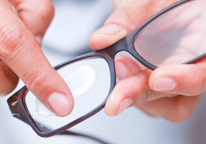 a0ac3659cc3 How to Remove Scratches From Your Glasses