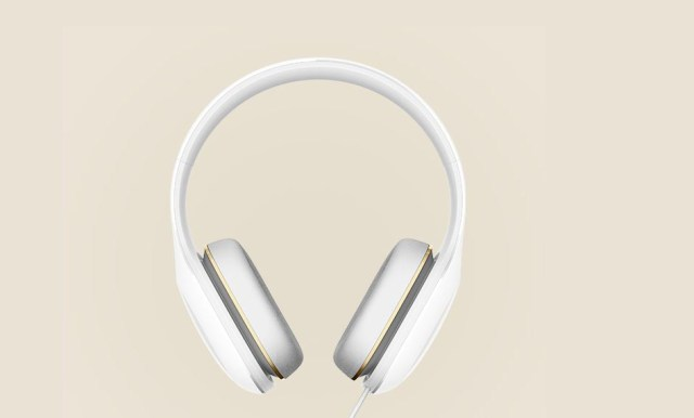 mi-headphones-2