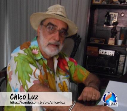 Chico Luz, poeta e escritor, participante no projeto Publique-se da SMDP em prol do Café com Poesia. Coleção: Leveza da Alma - Volume 2