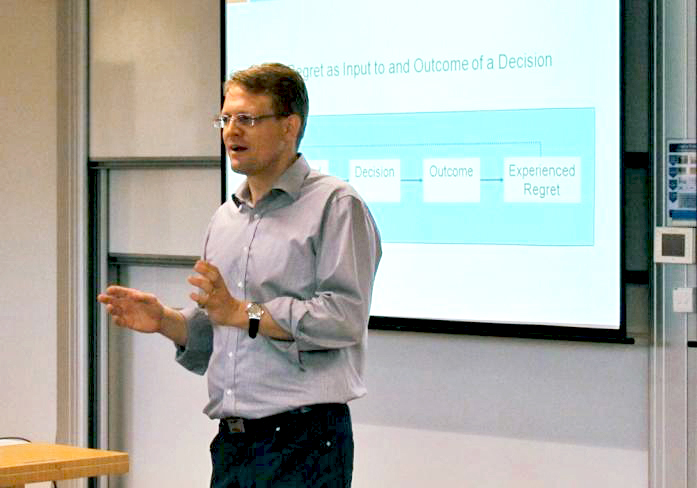 Associate Professor Jochen Reb