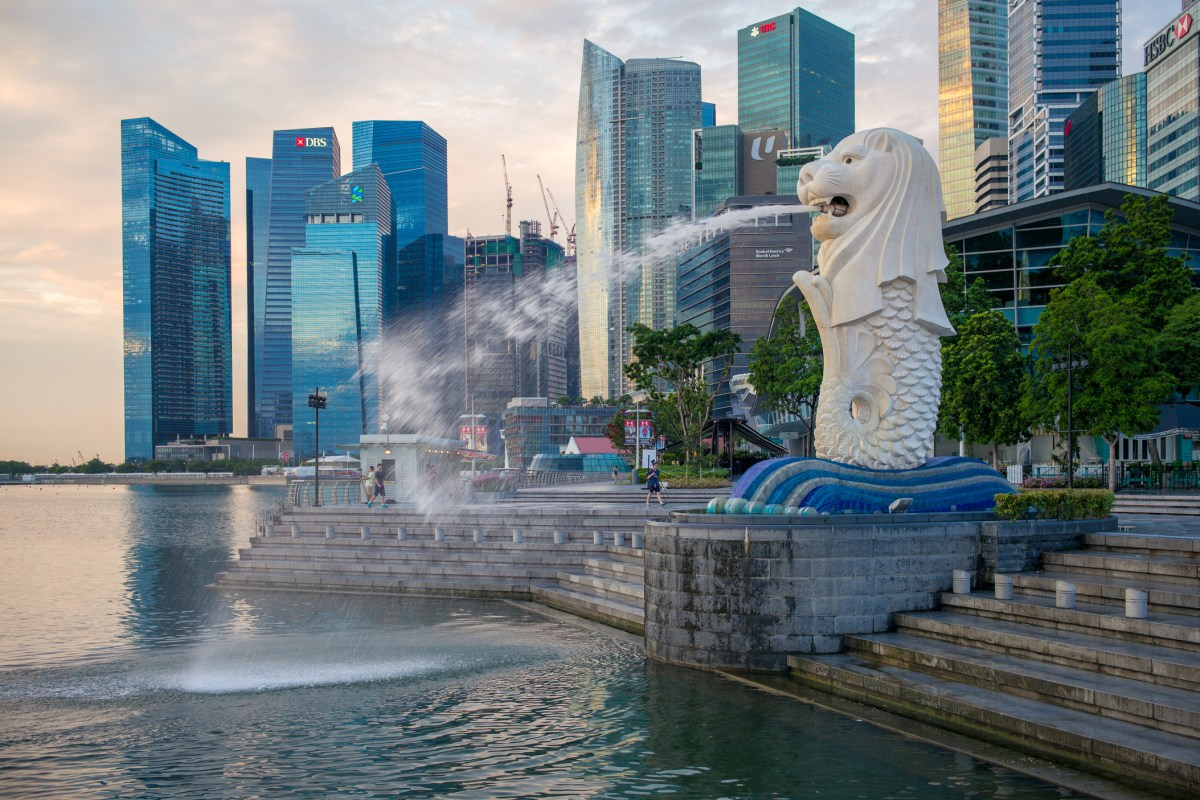 Go Local With These Top 10 Most Singaporean Things to Do!