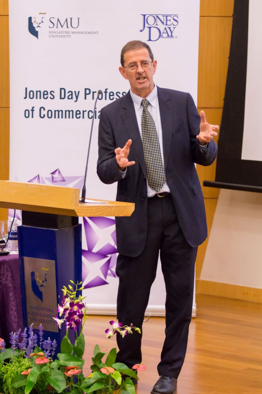 Professor Chris Reed speaking at the Jones Day Professorship of Commercial Law Lecture