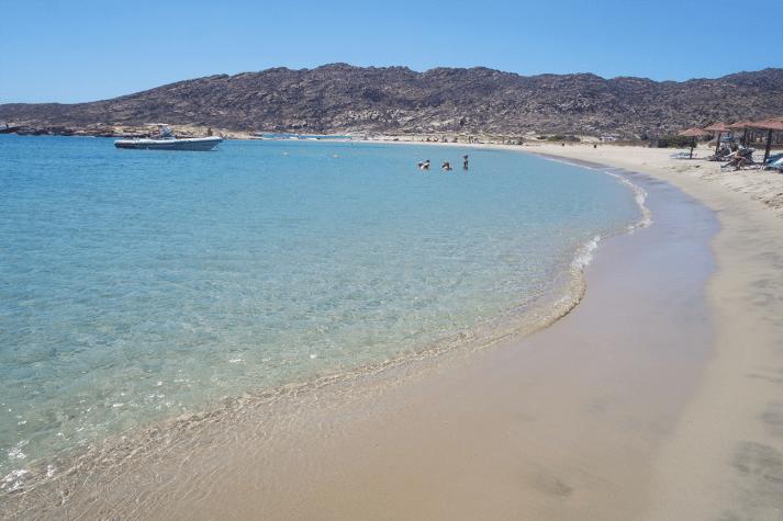 Praias paradisíacas e povo acolhedor
