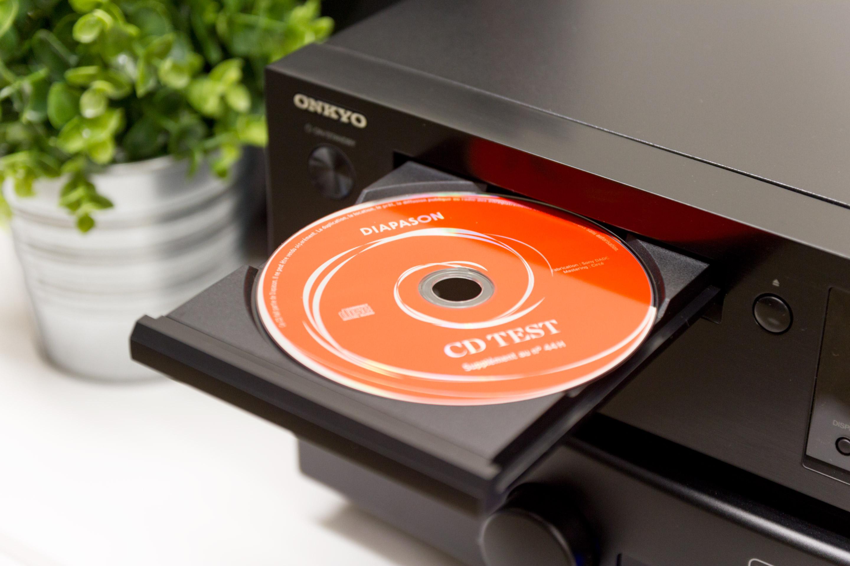 Review: Onkyo C-N7050 - Son-Vidéo com: blog