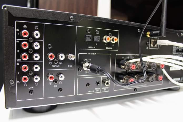 Yamaha MusicCast R-N803D