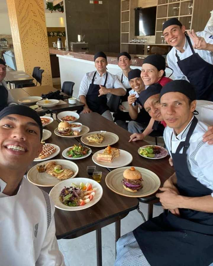 ibague restaurant team