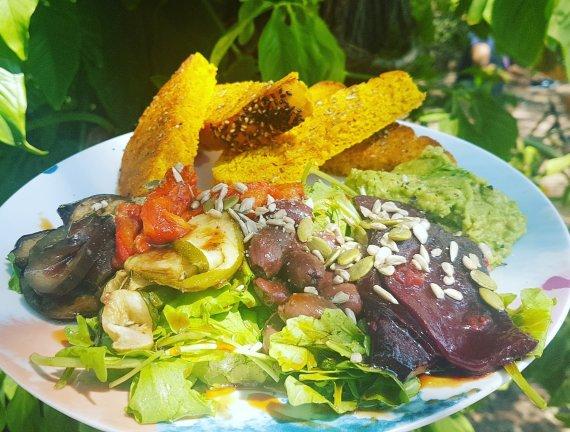 Roasted Veg Salad - De La Plague
