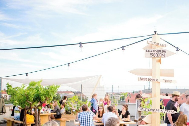 Colonia Novas Dachterrasse: Rooftop Berlin