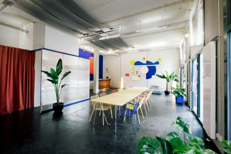 Playground Berlin als lichtdurchfluteter Raum für kreative Workshops