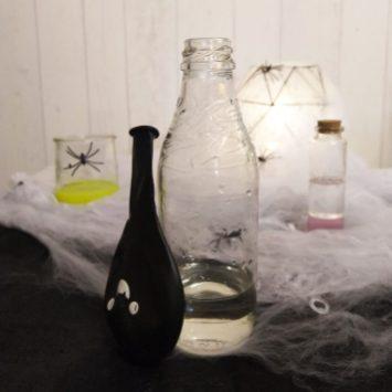 Mélange vinaigre et bicarbonate pour gonfler un ballon