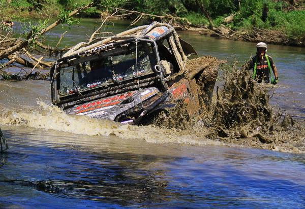 World4x4 | Robb Pritchard & Gedmantas Kropis | © All rights reserved