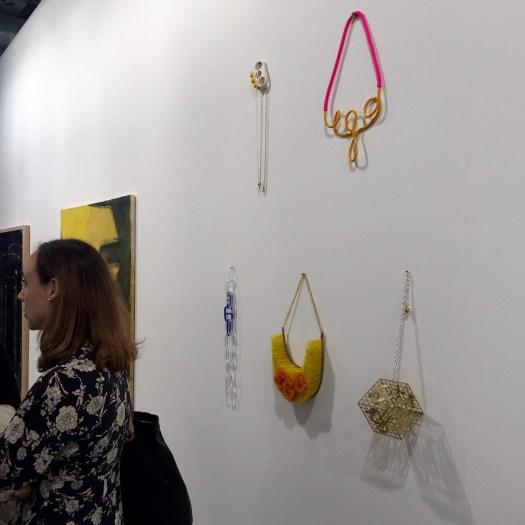 EGO Ketten von Katja Aufleger bei Galerie Stampa um 1500 EUR