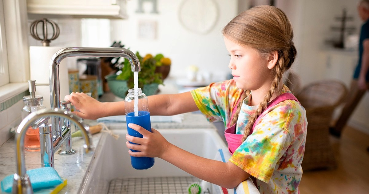 Conserve-water-at-home-blog-featured-image