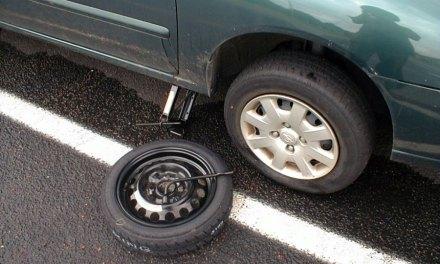 Como trocar o pneu do seu carro