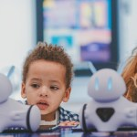 Photon: Teach Children Programming with a Cute Robot and ST