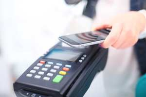 Contactless payment with a smartphone