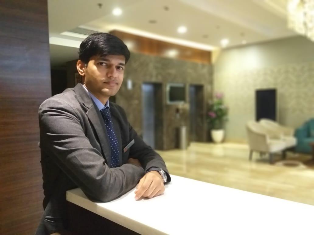 Yatish Thombare, Hotel Express Inn STAAH Blog