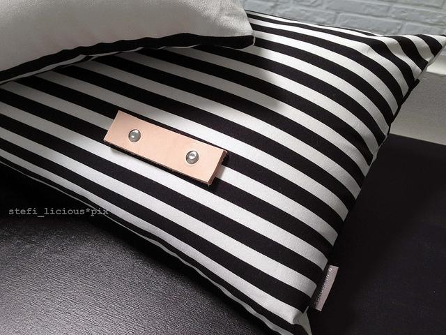 pillow_bw_4