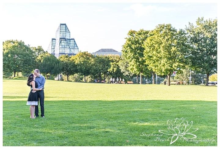 Major-hill-park-engagement-session-national-art-gallery-ottawa-stephanie-beach-photography