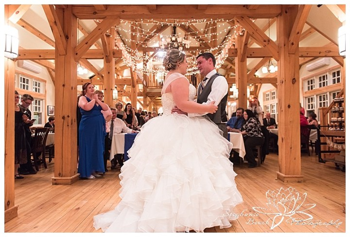 temple's-sugar-bush-fall-wedding-stephanie-beach-photography-reception-dancing-first-dance
