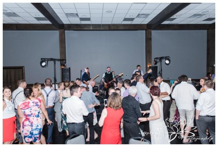 Gatineau-Golf-Club-Wedding-Stephanie-Beach-Photography-reception-dancing-band