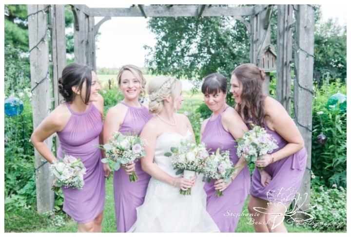 Strathmere-Lodge-Wedding-Stephanie-Beach-Photography-bridesmaids-bouquets-bride