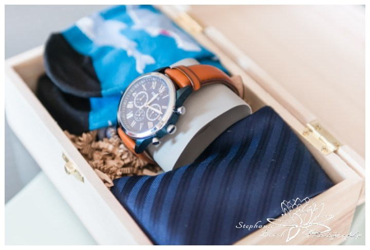 Ottawa-Fall-Wedding-Stephanie-Beach-Photography-groom-details-prep