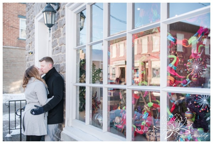 Merrickville-Winter-Engagement-Session-Stephanie-Beach-Photography-Christmas-stone-building