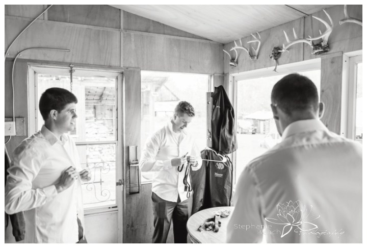 Ottawa-Fall-Backyard-Wedding-Stephanie-Beach-Photography-groom-prep-groomsmen
