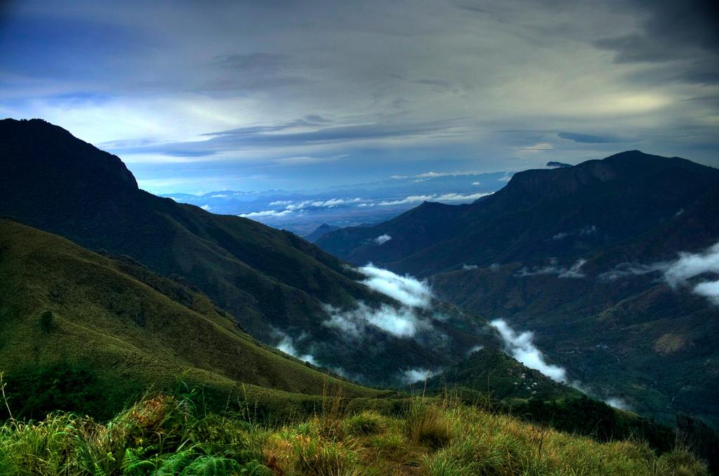 Image Name - Top Point Peak Munnar in Monsoon