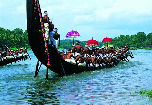 Payippad boat race kerala 2013 - Snake Boat Festivals