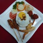 Gado – Gado Indonesian fried rice with prawns