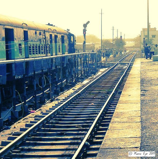 Gorakhpur Railway Station The World's Longest Railway Platform
