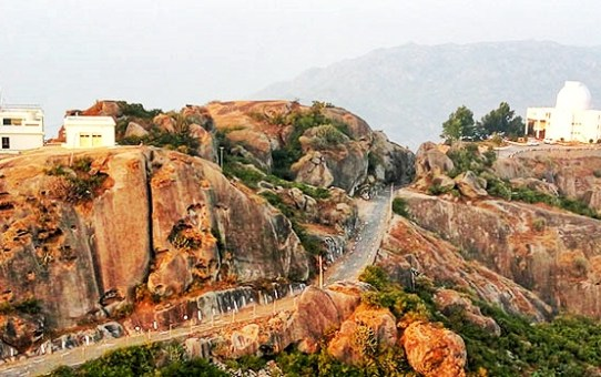 Why Mount Abu is the Ultimate Road Trip Destination