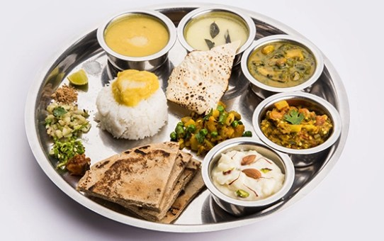 5 Exotic Indian Thalis That Will Take You to Foodie Heaven