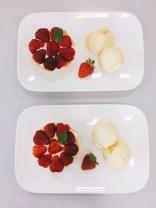 Erdbeertörtchen mit Vanilleeis