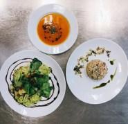 Kürbissuppe / veganes Champignonrisotto mit Pinienkernen