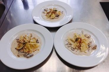 Ravioli mit Käsefüllung und Schwammerlsauce