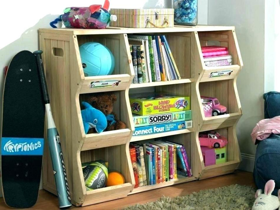 玩具收納箱令客廳的小孩玩具令得整齊