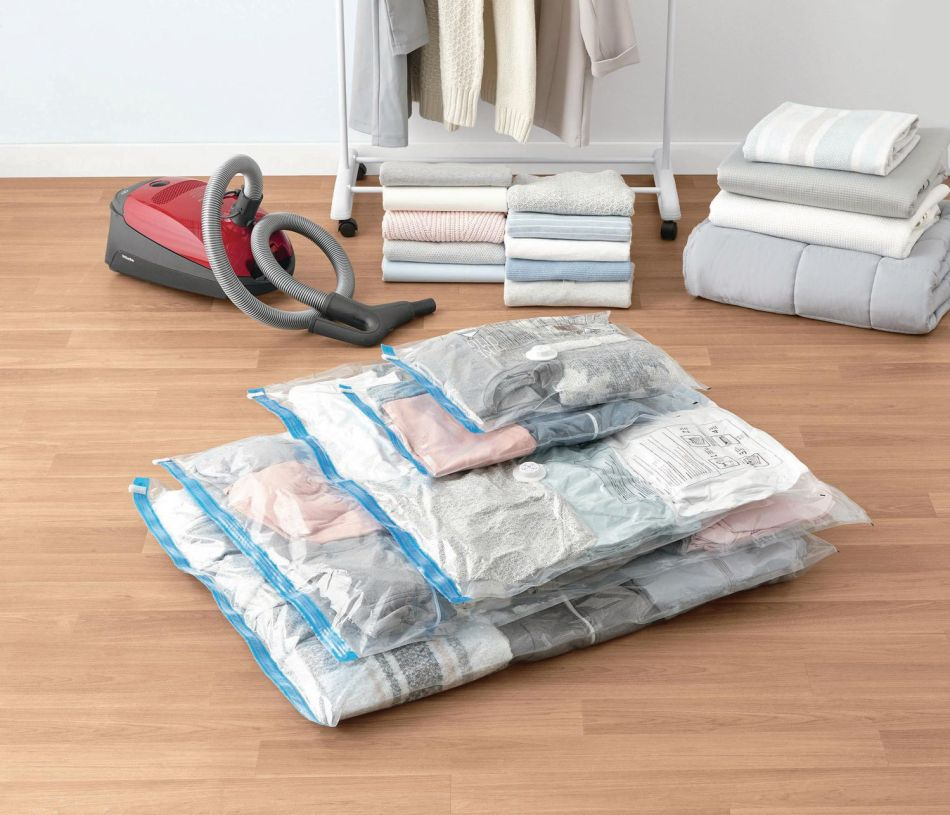 冬季收納 : 善用收空收納袋, 令轉季衣物更加慳位