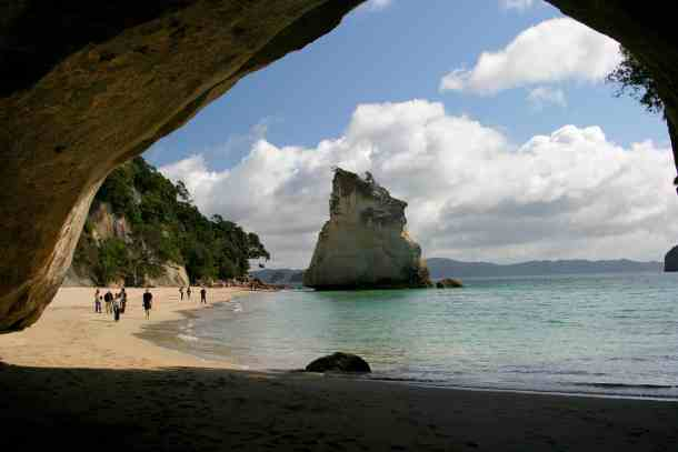 cathedral-cove-2