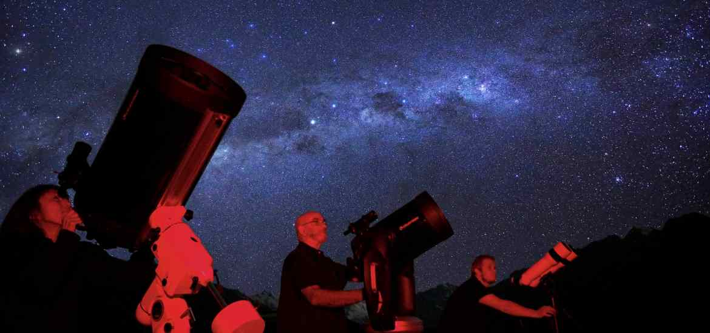 Top 5 Stargazing Spots in NZ - Stray's Travel Blog