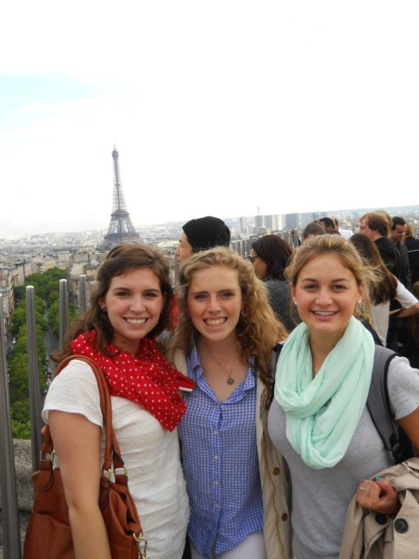 New friends on the top of the Arc du Triomphe.